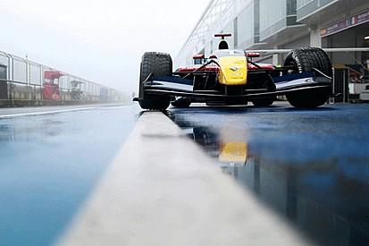 A Sainz jr la pole position al Nurburgring