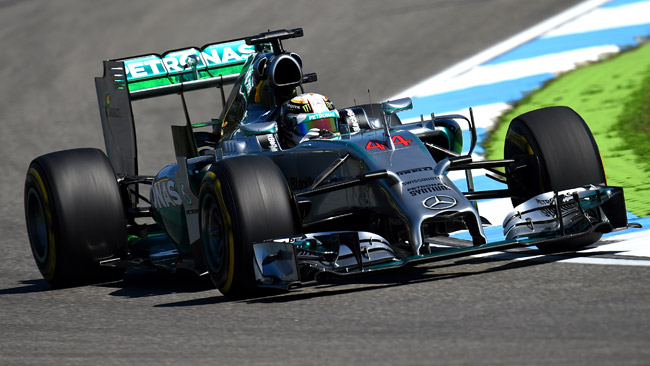Hamilton inizia a trattare il rinnovo con la Mercedes