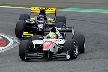 Nurburgring, Gara 1: Sato vince una gara paradossale