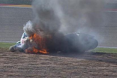 La Ducati di Barbera a fuoco per una perdita di benzina