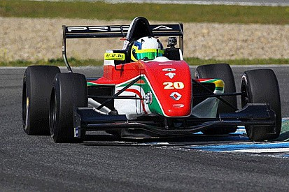 Bonifacio si prende la pole a Jerez