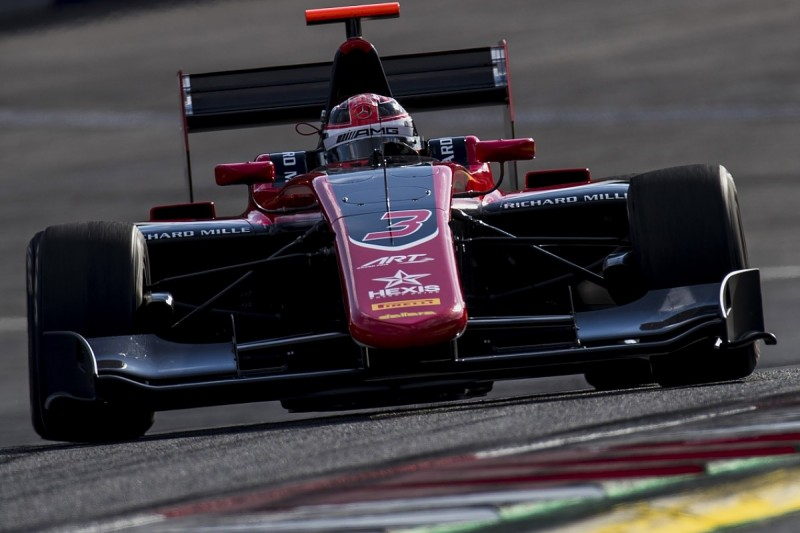 Red Bull Ring GP3: Russell heads tight pack to claim maiden pole