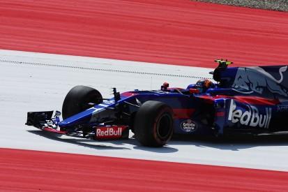 'Confused' Carlos Sainz Jr should show loyalty - Red Bull's Marko