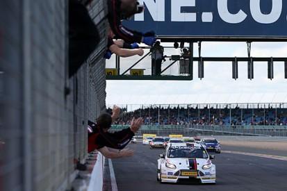 Silverstone BTCC: Mat Jackson wins, Jason Plato goes off