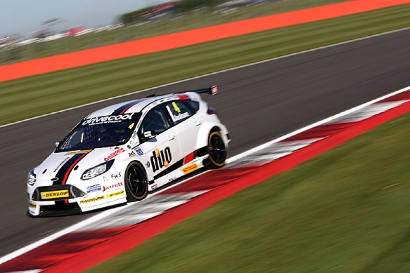 Silverstone BTCC: Mat Jackson dominates practice in Motorbase Ford