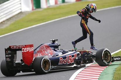 Japanese F1 GP: Max Verstappen penalised for 'dangerous parking'