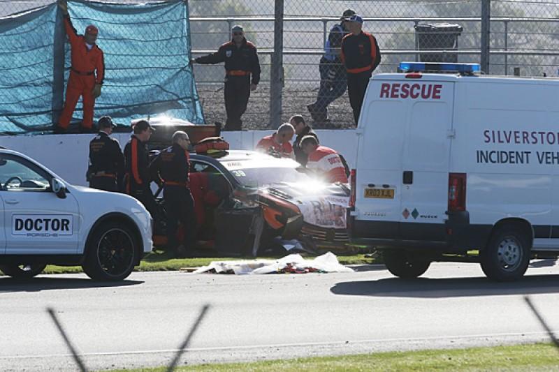 Silverstone BTCC: Warren Scott to get x-rays after practice crash