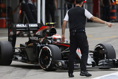 Communication error costs Jenson Button in Japanese GP qualifying