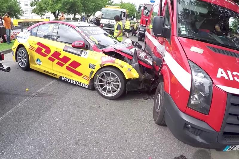 FIA investigating Tom Coronel WTCC fire vehicle crash in Vila Real