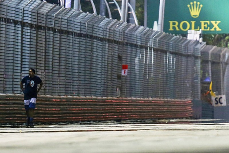Singapore GP track invader arrested by police