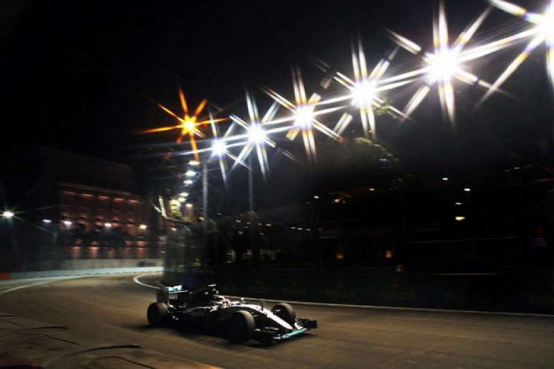 "Hamilton: Red Bull and Ferrari ""genuine"" threats in F1 Singapore GP"