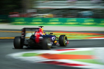 Red Bull's 2016 F1 participation in jeopardy amid engine wrangle