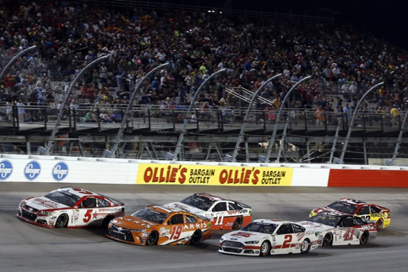 NASCAR Sprint Cup at tech rules 'crossroads' - Carl Edwards