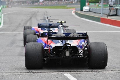 Kvyat could stop collaboration with Toro Rosso F1 team-mate Sainz