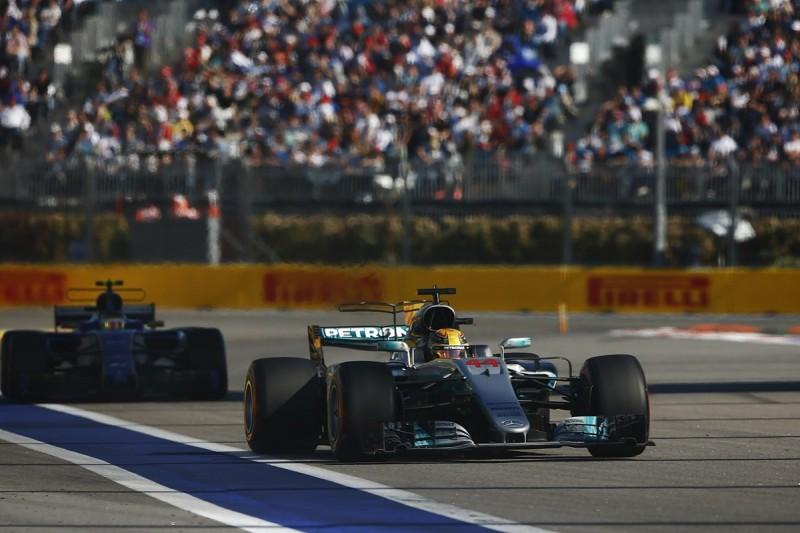 Formula 1 tweaks blue flag process for Azerbaijan Grand Prix