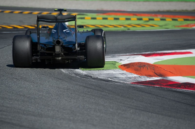 Using new F1 engine at Monza a risk, Mercedes boss Wolff admits