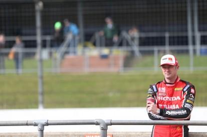 Rockingham BTCC: Gordon Shedden penalised for pit infringement