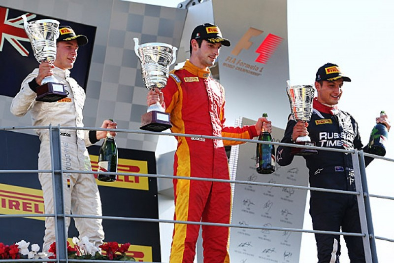 GP2 Monza: Alexander Rossi passes Stoffel Vandoorne for win