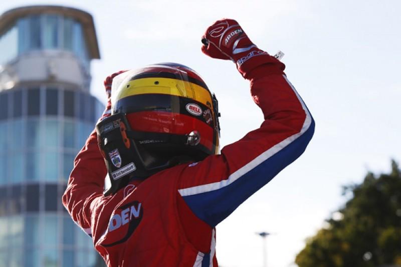 Monza GP3: Emil Bernstorff beats Esteban Ocon, Luca Ghiotto stalls