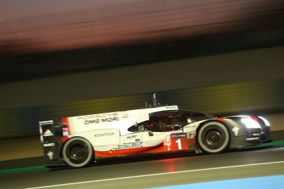 #1 Porsche dominating at Le Mans as LMP2 cars fight for podium