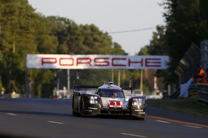 Le Mans 24 Hours: #1 Porsche maintains stranglehold in hour 17
