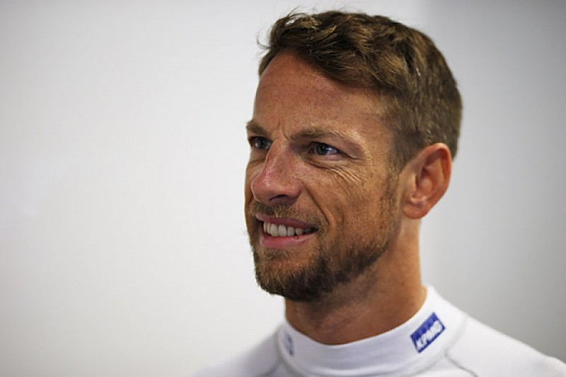 "McLaren F1 team ""intends"" to keep Jenson Button for 2016"