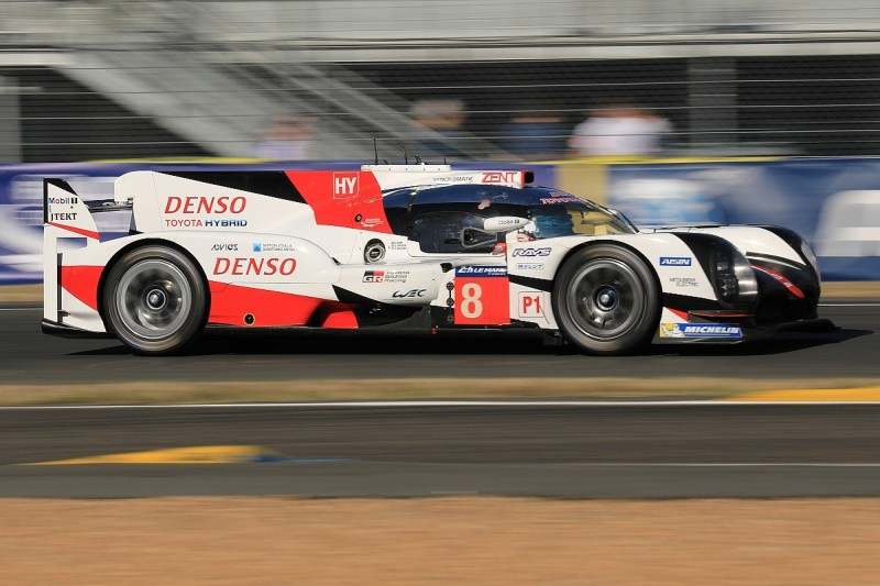 Le Mans 24 Hours: Nakajima restores Toyota 1-2 in seventh hour