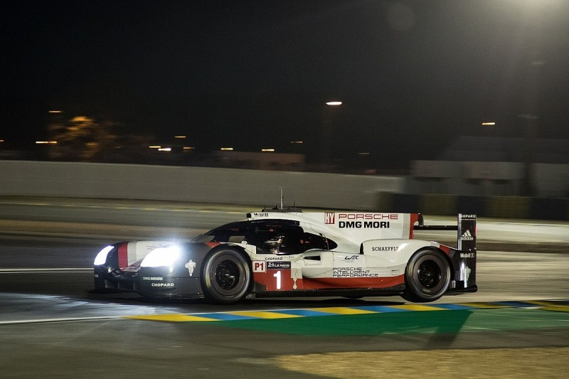 Toyota's fading Le Mans hopes disappear as Porsche takes huge lead