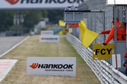 Four European F3 drivers made to help marshals after late sign on