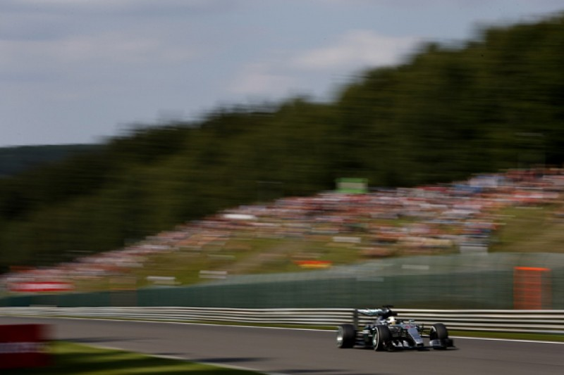 Less attacking one-lap approach working for Mercedes F1's Hamilton