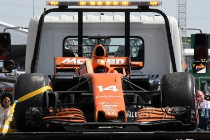 McLaren: Honda's Canadian GP failure 'absolutely not good enough'