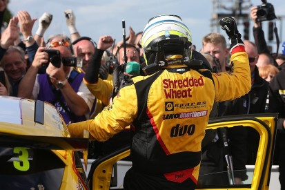 BTCC Croft: Mat Jackson fends off Ash Sutton for race three win