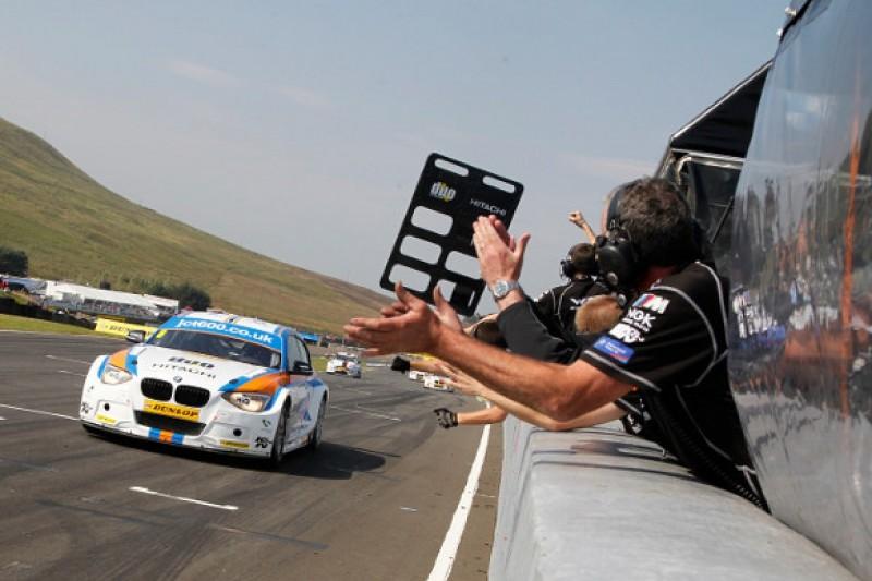 Knockhill BTCC: Rob Collard battles to win for WSR BMW
