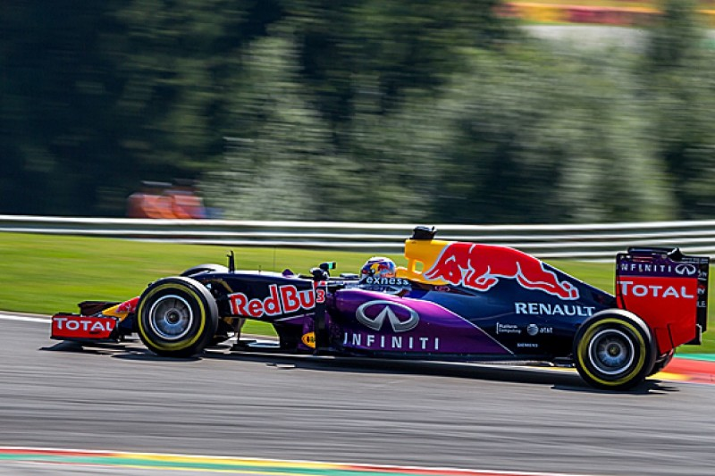 Red Bull F1 team considers early Renault split, Mercedes an option