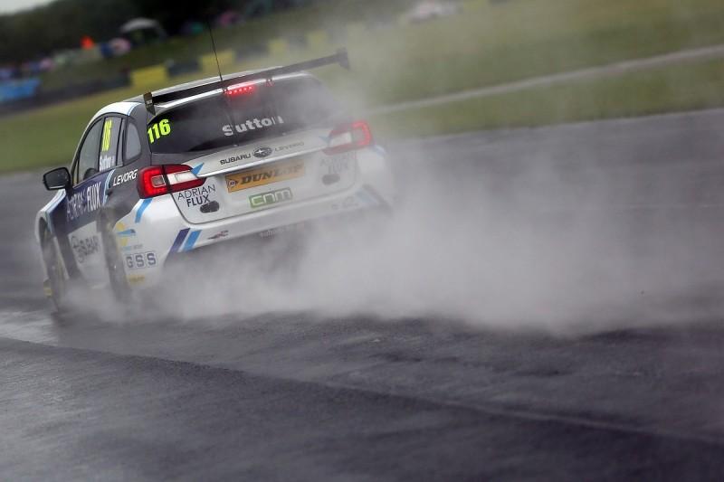 BTCC Croft: Ash Sutton leads wet practice running for Team BMR