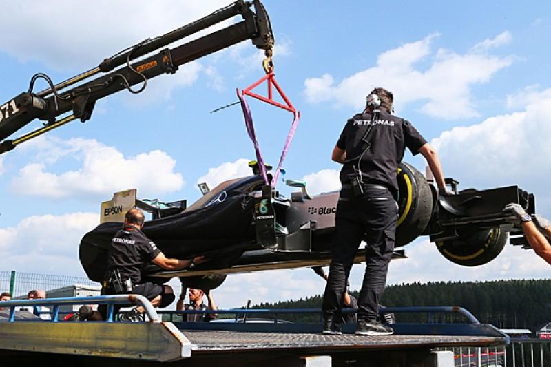 Belgian GP: Mercedes' Nico Rosberg tops practice before tyre blows