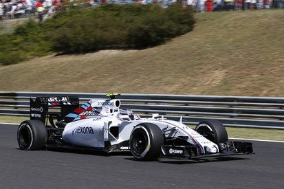 Williams F1's Pat Symonds says big update packages 'old fashioned'
