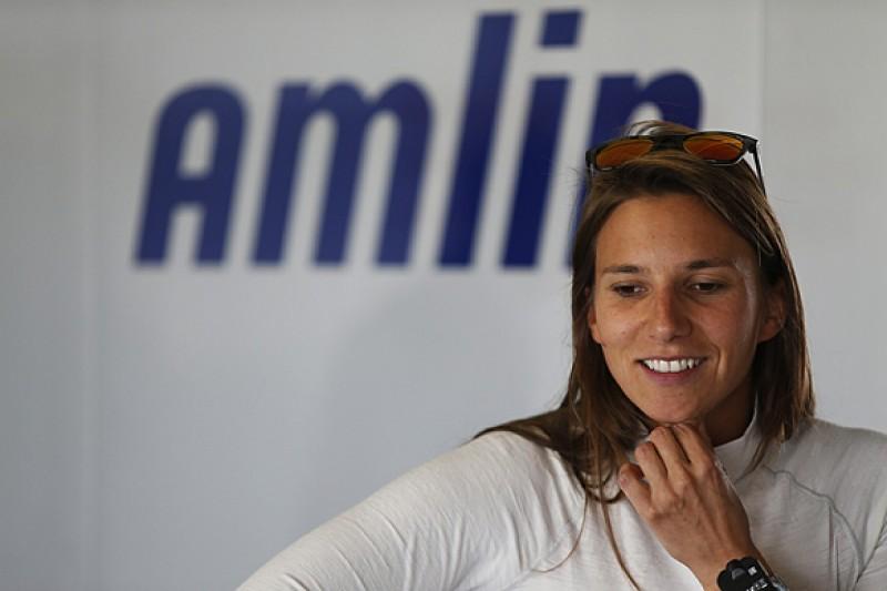 Simona de Silvestro commits to full Formula E season with Andretti