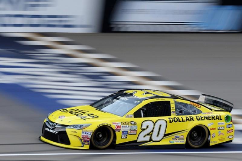 Michigan NASCAR: Kenseth leads all-Joe Gibbs Racing top three