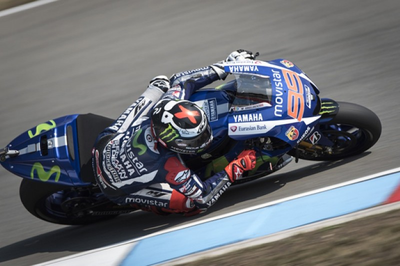 MotoGP Brno: Lorenzo takes pole for Yamaha with new lap record