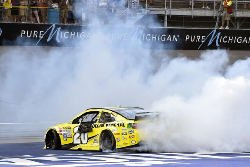 Michigan NASCAR: Dominant Matt Kenseth takes third win of season