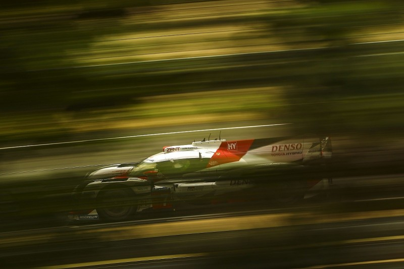 Le Mans 24 Hours test day: Toyota sets pace and beats 2016 pole