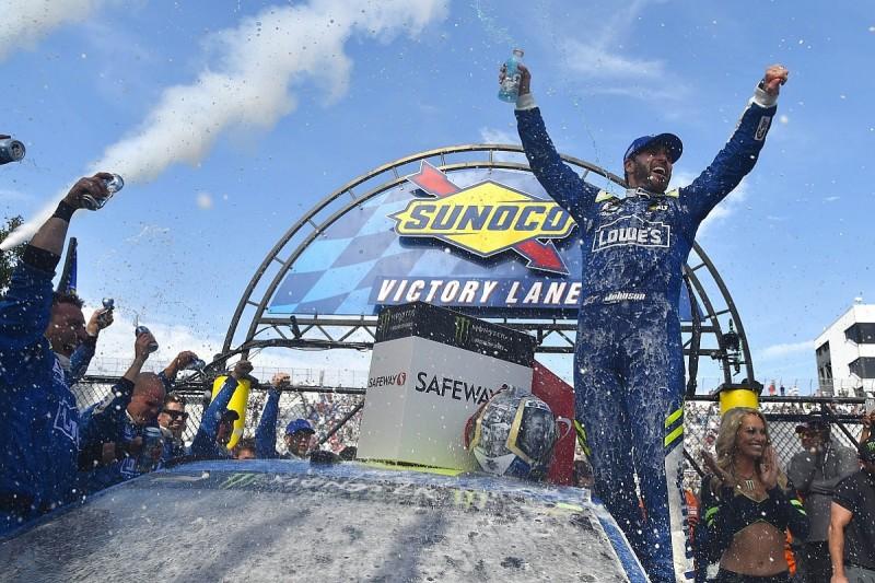 Dover NASCAR: Jimmie Johnson goes from last to win amid mayhem