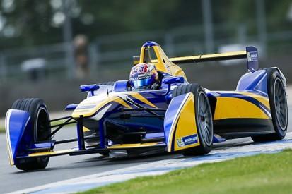 Buemi tops first day of Formula E testing at Donington Park