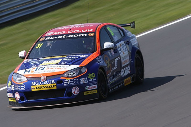 BTCC Snetterton: Jack Goff scores his first victory in race three