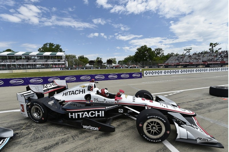 Detroit IndyCar: Helio Castroneves ends Friday practice on top