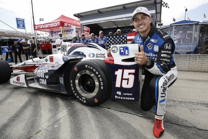 Rahal takes first IndyCar pole since 2009 in Detroit