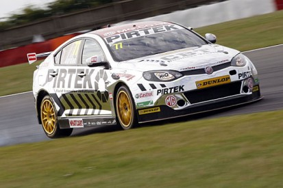 Snetterton BTCC: Andrew Jordan fastest in free practice