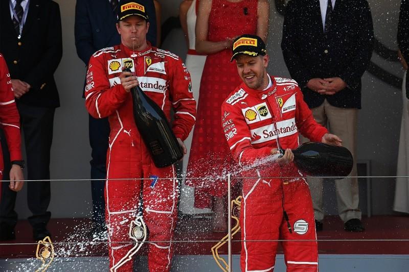 Hamilton: Ferrari F1 team is favouring Vettel over Raikkonen