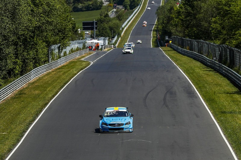 Volvo's Catsburg takes WTCC lead with Nurburgring Nordschleife win